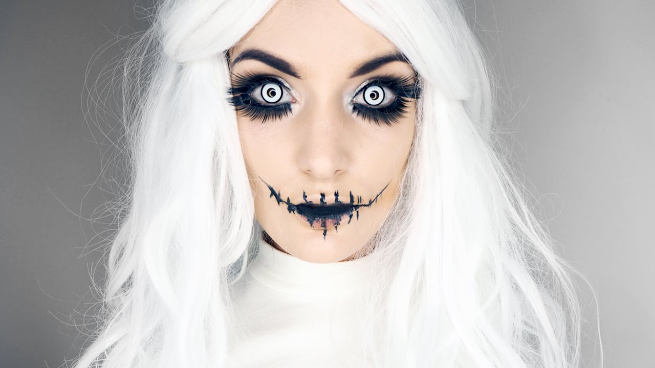 Pretty & Creepy Halloween Make Up Tutorial - Super Easy ...