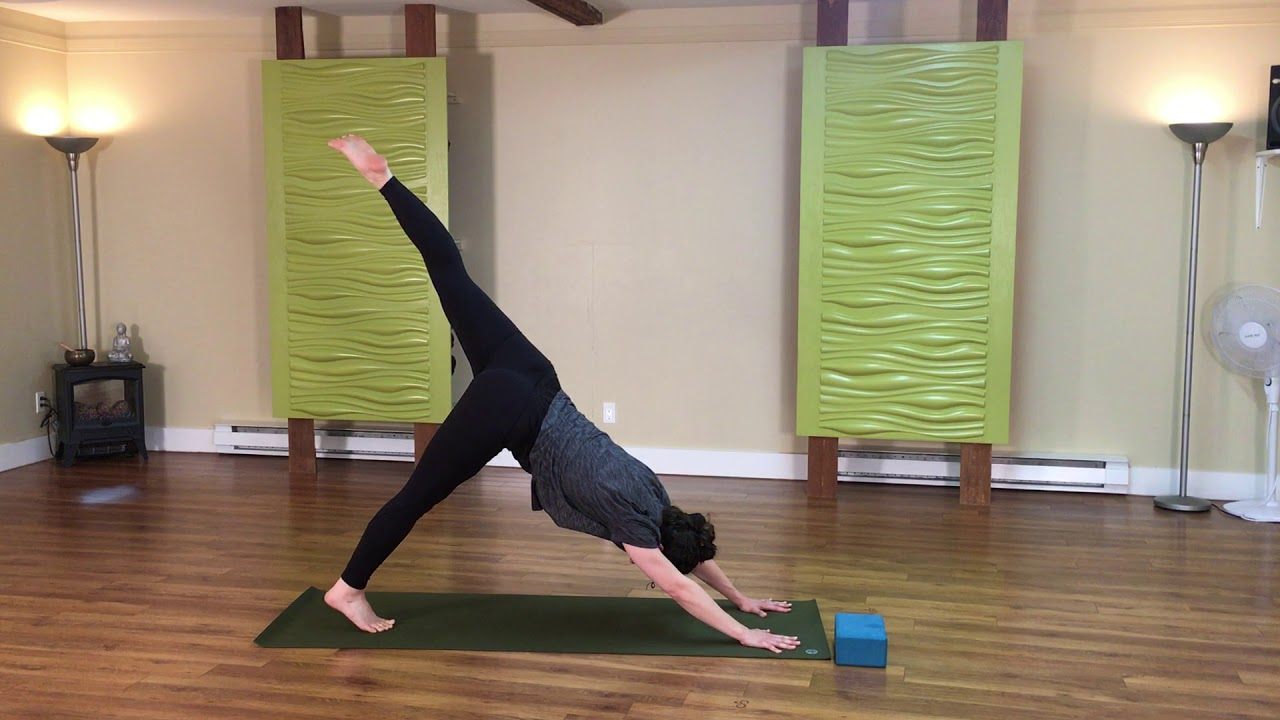 5 minutes de yoga dynamique pour les hanches