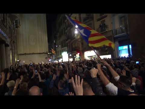 Concentració en la plaza de la Paeria a Lleida para exigir la libertad de exconsellers presos