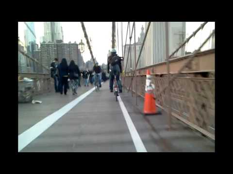 Brooklyn to Manhattan in a Bullitt