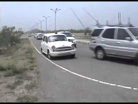Cars In Chief Minister Of Punjab Security Youtube
