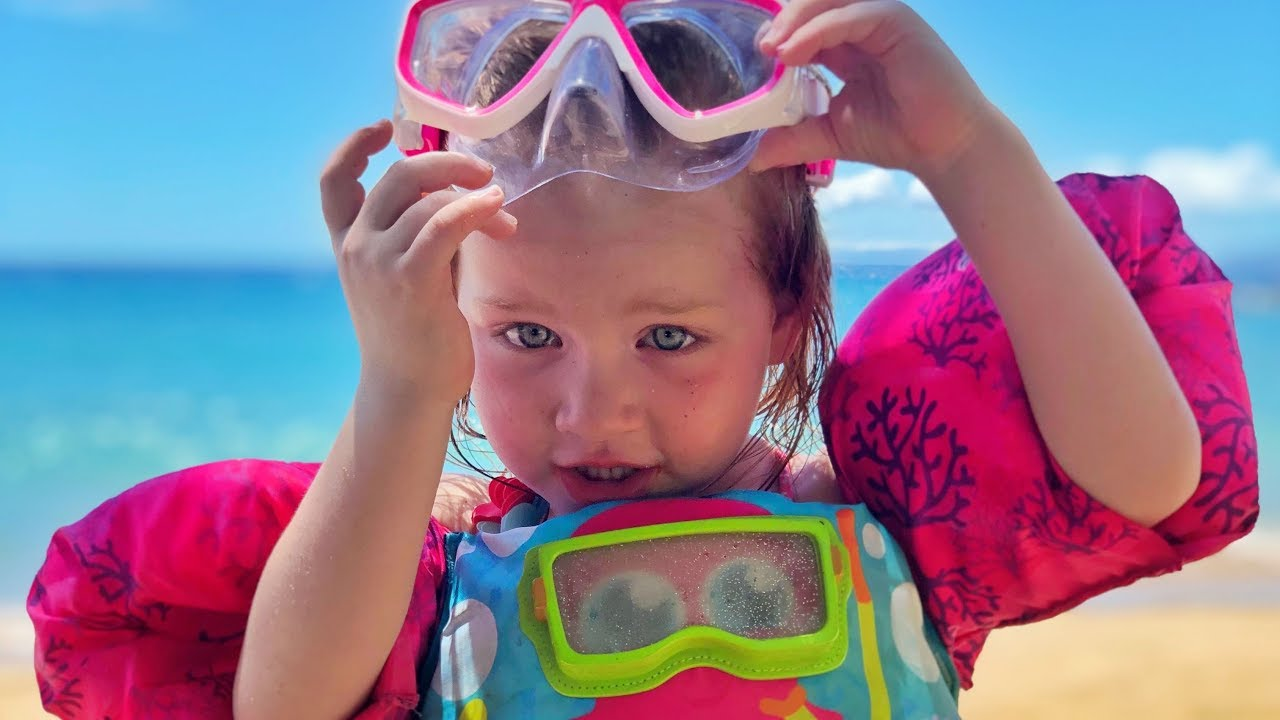 Family Beach Routine - Adley And Dad Build A Princess Sand -8233