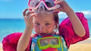 Family BEACH routine - Adley and Dad build a Princess Sand Castle in Hawaii