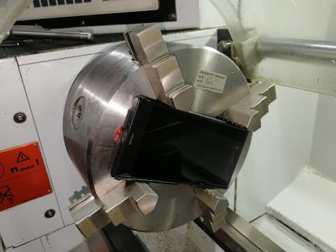 30 - 1800 Rpm. Spin Smartphone in Lathe/Drehbank. See what happens !!!