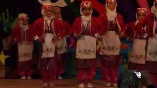 Minik Kızlardan Halay (Turkish Folk Dance from Small Girls)