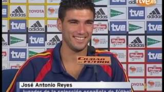 Luis Aragones y Reyes - entrenamiento seleccion