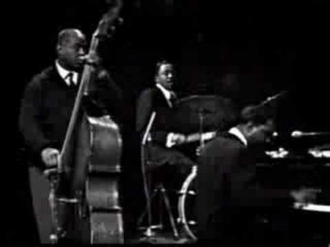 Otis Spann - Blues Don't Like Nobody