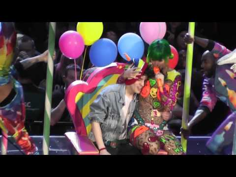 Katy Perry - Birthday Live In Ziggo Dome Amsterdam (10 March 2015) - The Prismatic World Tour
