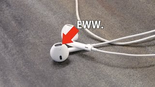 The Do's and Don'ts of cleaning your earbuds