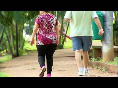 Caminhadas e corridas podem causar até artrose nos joelhos