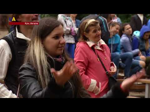 Sign Language Concert Helps Ukraine's Deaf Community