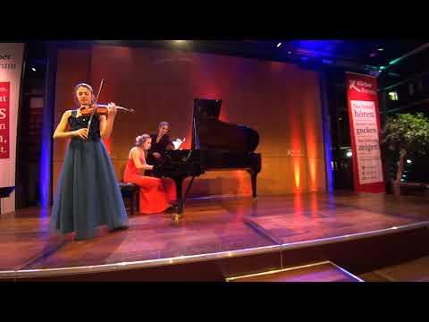 Deutsche Stiftung Musikleben: M. Dueñas Fernández/M. Müllerperth C. Saint-Saëns op.28