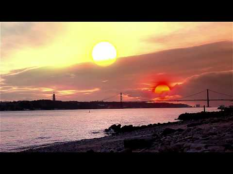 Tattooine's binary sunset in Lisbon (Adobe After Effects-Canon 60D)