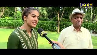 Catch Babita Phogat & Mahavir Singh Phogat in conversation with Sairakshita Prinja