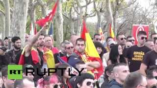Spain: Far-right flags fly high at National Day protest