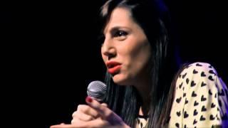 Eliana La Casa  - Stand Up Argentina en el Teatro Chacarerean Noviembre 2013