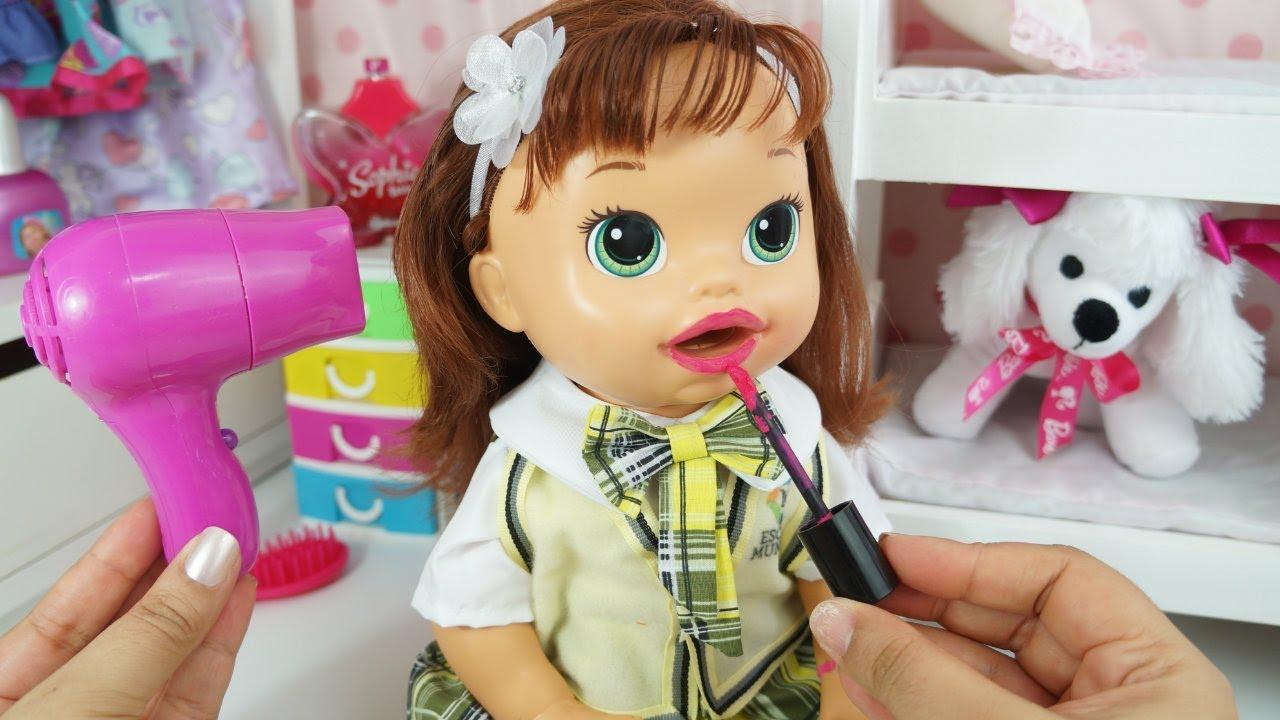 Baby Alive Sara Comilona Se Arrume Para A Escola Carrossel