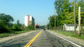 Driving from the East Side of Detroit to Highland Park, Michigan
