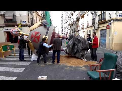 Plantà al tombe de la falla Borrull-Socors 2015