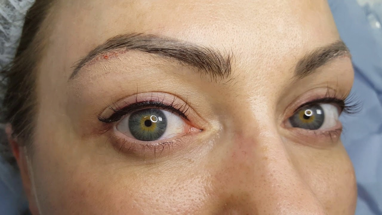 Winged Latino Eyeliner PMU + Partial eyebrow pigment removal by El Truchan @ Perfect Definition