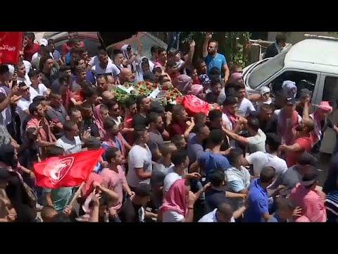 شاهد: تشييع جثمان صبي فلسطيني قتله جنود إسرائيليون في بيت لحم  …  - نشر قبل 15 دقيقة