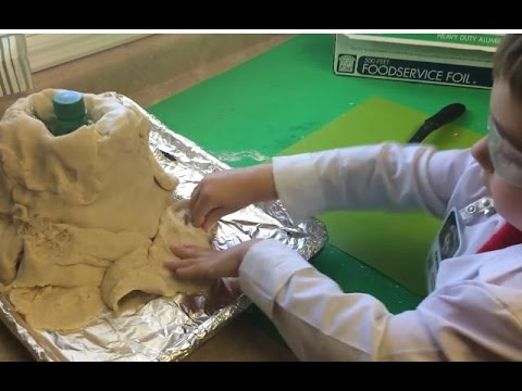 How do you make a volcano out of playdough