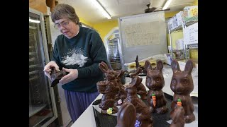 Birch Bay candy shop makes chocolate bunnies in time for Easter