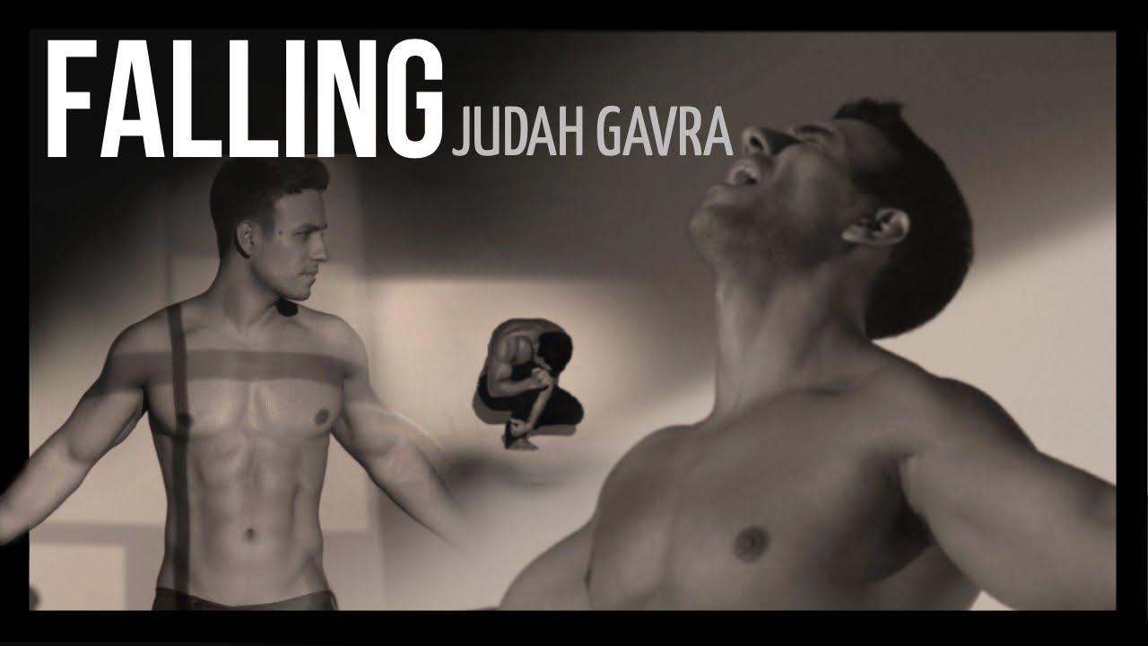 Falling- Judah Gavra (Official Music Video)