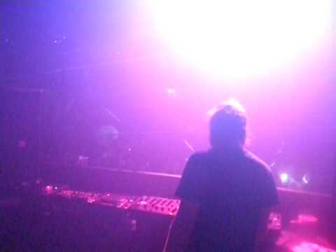 Produkt Live | David Guetta plays Sexy Bitch at Labour of Love | Guvernment Toronto