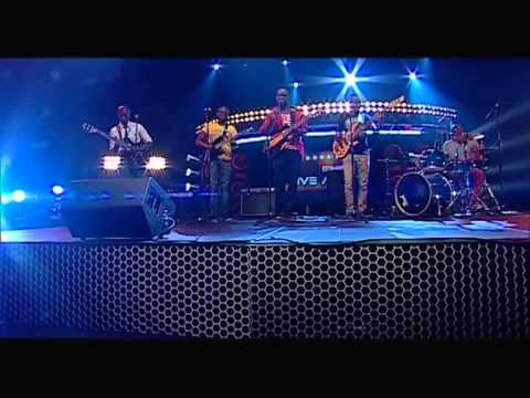 @Muffinz_Live on the LiveAmp stage.