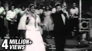 Andru Vanthathum Ithe Nila - Tamil Classic Romatic Song - Periya Idathu Penn - MGR, Saroja Devi