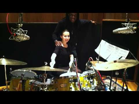 Tania Stavreva & Will Calhoun play Ritmico y Distorsionado (Piano & Drums)