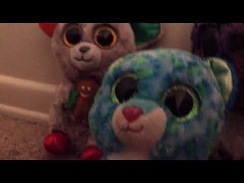 Stuffed animals sing! (Attention)