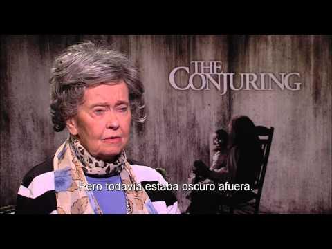 EL CONJURO - Entrevista con Lorraine Warren HD - Oficial de Warner Bros. Pictures