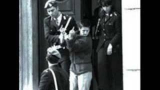OKUPA -tarzan y su puta madre okupando un piso en alcobendas