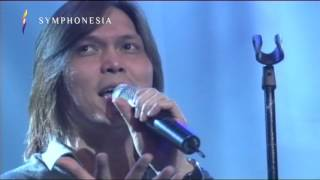 Video Once Mekel ft Piyu ( Aku Mau ) Live at SYMPHONESIA 2015 download MP3, 3GP, MP4, WEBM, AVI, FLV September 2018