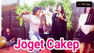 Download Video Joget Unik Bikin Ngakak | Joget Cakep | Unique Dance MP3 3GP MP4