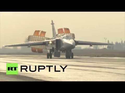 Les avions de combat russes portent des frappes anti for Portent translation