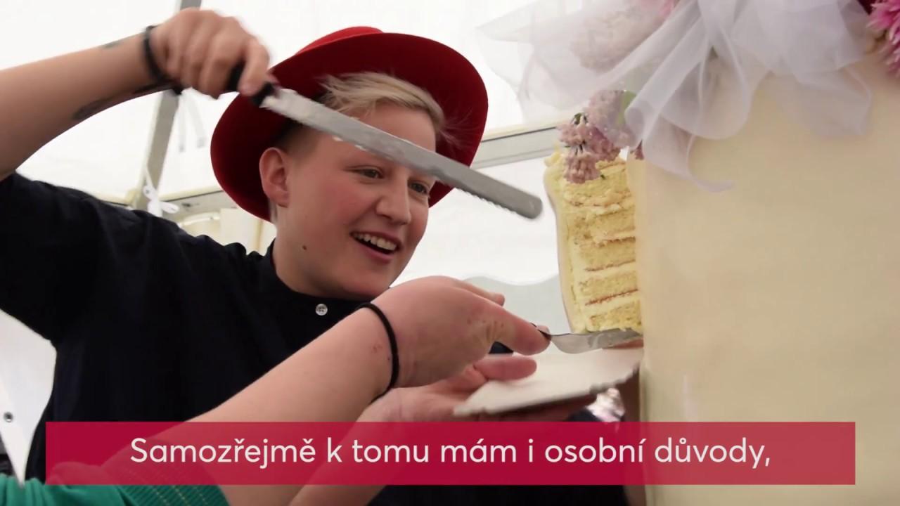 Video Největší svatební dort