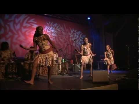 Sanaa Sana FInland Live 1