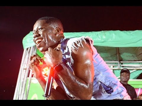 See Small Doctor's Energetic Performance As He Joins The Crowd To Performs, All Drenched In Sweat