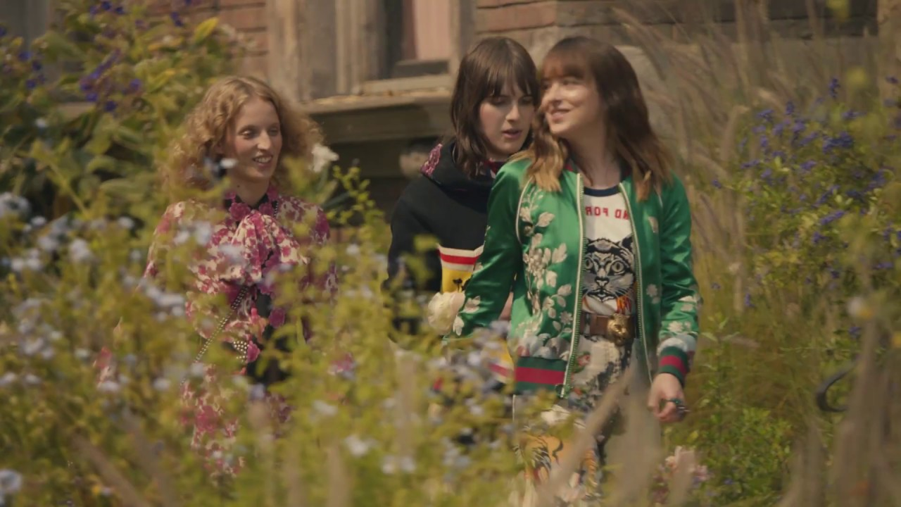 c2562c3f6 Gucci Bloom: Scenes from the New Campaign - YouTube