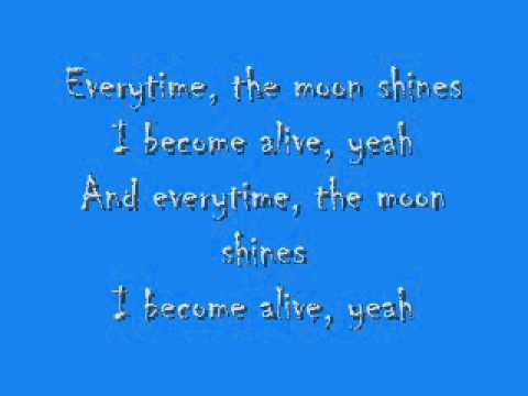 Kid Cudi - Alive (feat. Ratatat) (Lyrics)