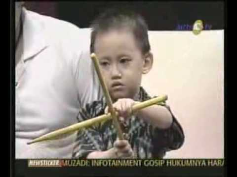 Kick Andy Anak-Anak Istimewa Indonesia.flv 2/18