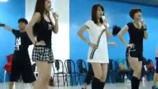 09.10.09 S.H.E唱Broadway Style觸電 演唱會舞蹈彩排 1/2