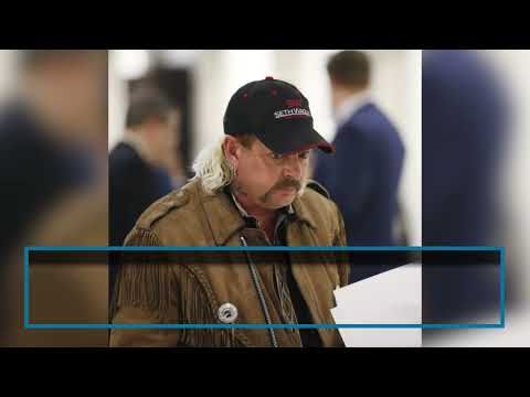 Joe-Exotic-speaks-with-attorney-after-winning-appeal-of-his-sentence
