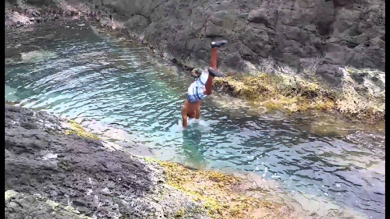 Charquita escondida de fajardo la zanja seven seas youtube for Piscinas naturales juan adalid