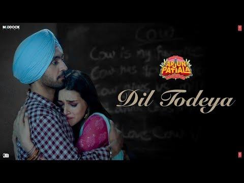 Arjun Patiala movie Dil Todeya Video song starring Diljit Dosanjh, Kriti