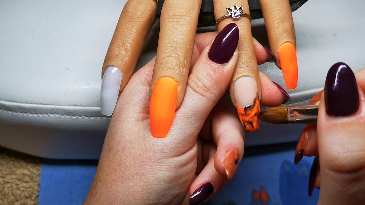 ORANGE AND BLACK HALLOWEEN ACRYLIC NAILS | MARBLE NAIL ...