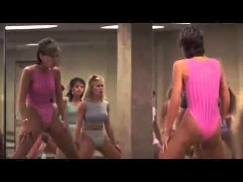 CHVRCHES - Make Them Gold Lyric Video